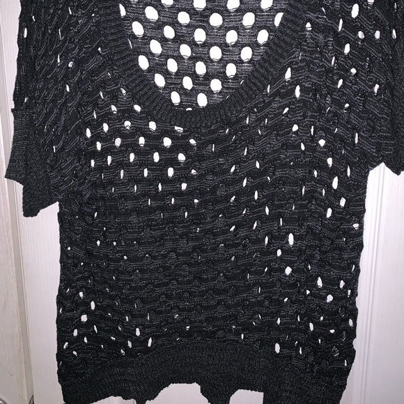 Studio Y Tops - Black and gray shirt